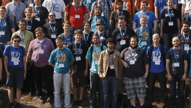 Foto de grupo akademy 2014 de Brno