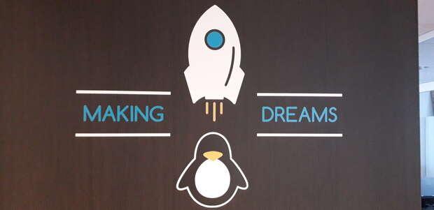 Visita a las instalaciones de Linux Center y Slimbook